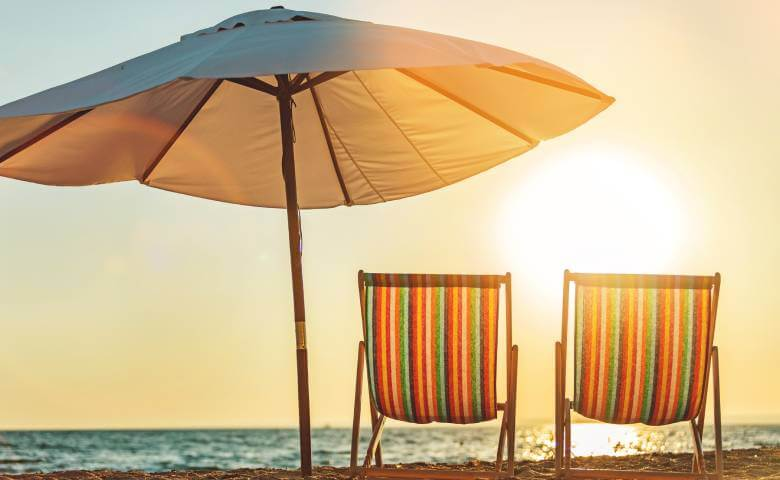 Offerta speciale di Luglio: al mare a Bellaria in Pensione Completa con Spiaggia