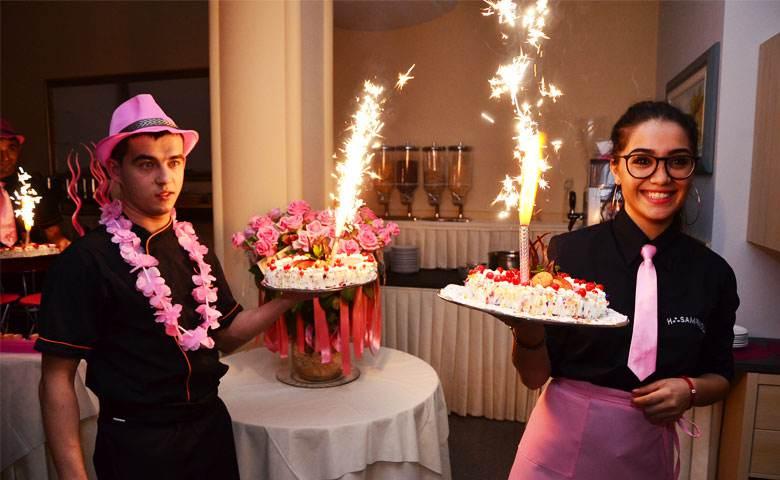 Offerta Speciale Luglio: Notte Rosa Gratis!